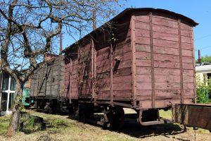 Wagony kryte.