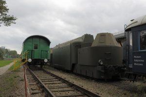 Panzertriebwagen 16 .
