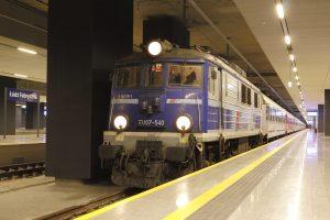 Łódź Fabryczna - wagonowa Jagna przyprowadzona EU07-540.