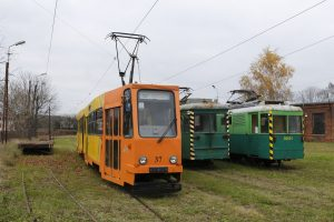 Kanciak 803N #37, pługi N #92031 i #101 i platforma Gregga.