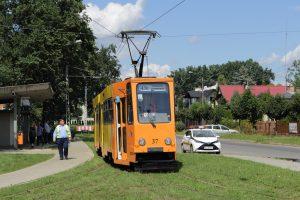 803N #37 na krańcówce Plac Wolności w Konstantynowie Łódzkim.